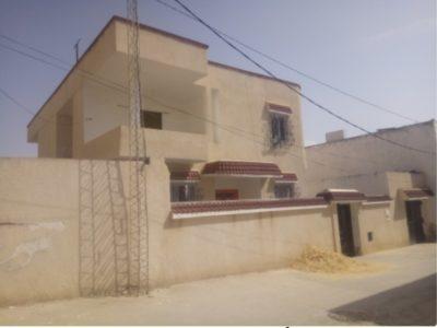 Grand villa deux étages et deux studio style améri